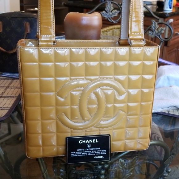 b9a8e951faf1bb CHANEL Bags | Caramel Quilted Lambskin Chocolate Bar Tote | Poshmark